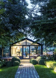 8 Glass Houses You Can Rent Right Now - Photo 4 of 8 - A glass house in Piedmont, Italy