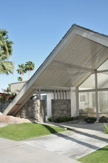 10 Things You Shouldn't Miss at Modernism Week in Palm Springs - Photo 8 of 10 - A Swiss Miss style house