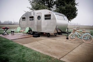 10 Cool Trailers and Campervans You Can Rent For Your Next Adventure - Photo 6 of 10 - Cruise around the Willamette Valley wine country on one of the bikes that comes with each rental trailer.