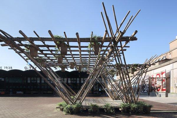 Rising Cane pavilion by Penda.