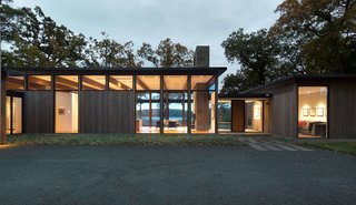 """This Glass House and """"Shiny Shed"""" Merge With Nature in Minnesota - Photo 14 of 15 - Elements of modernism has been integrated within the design of this Minnesota residence."""
