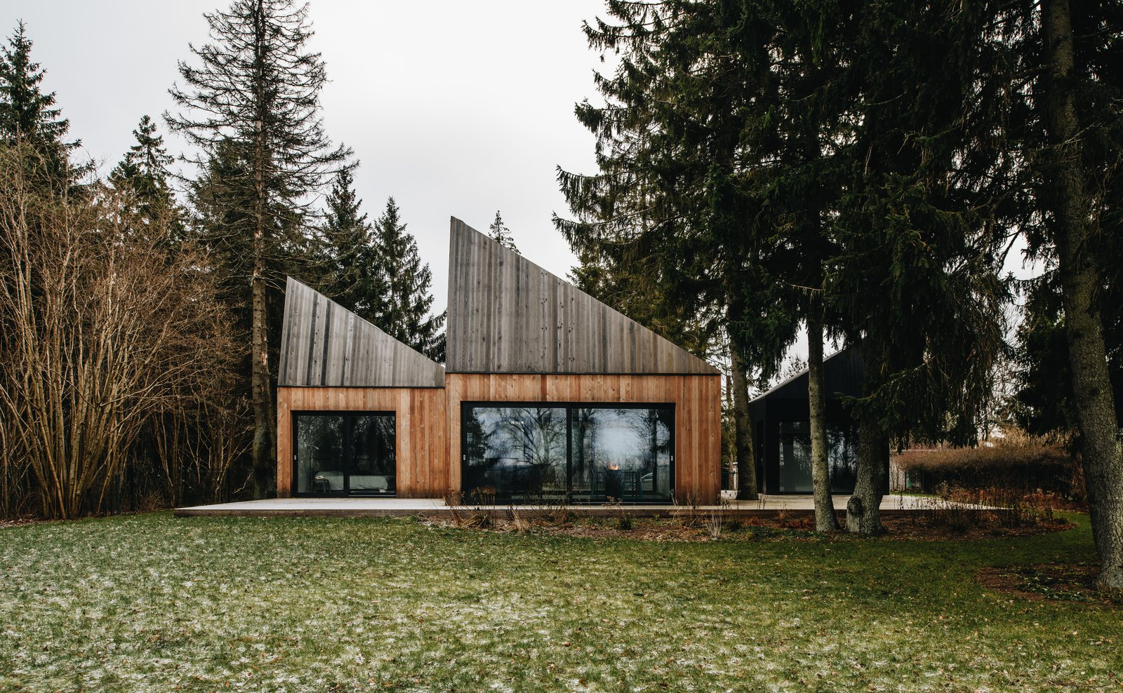 This Forest Retreat Is a Modern Take on the Traditional Estonian Hut