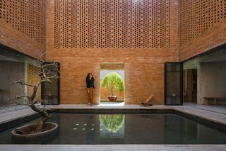Light and Shadow Help Shape This Modern Brick House in Vietnam