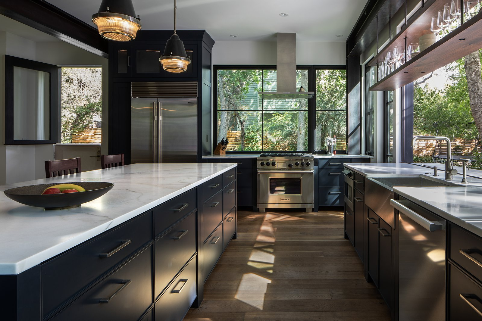 A closer peek at the kitchen. Here, you can see how the counter extends to the outdoor patio.