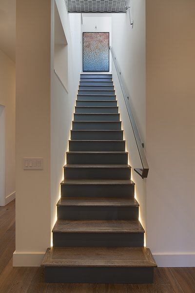 Stairway with recessed LED lighting
