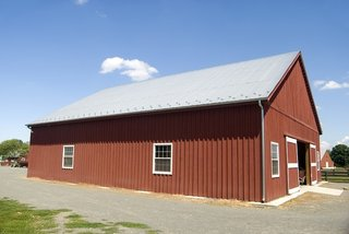 Why Purchasing New Sheds For The Next Winter When The Old One Can Suffice? - Photo 2 of 3 -