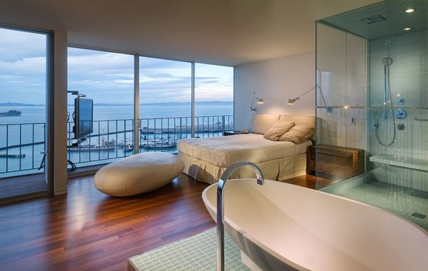 Photo 5 of Aquatic Park Penthouse modern home