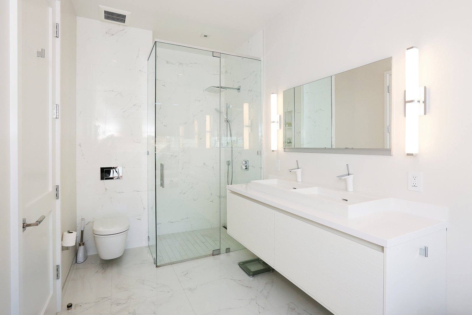 master bath  Lower Pacific Heights by patrick perez/designpad architecture
