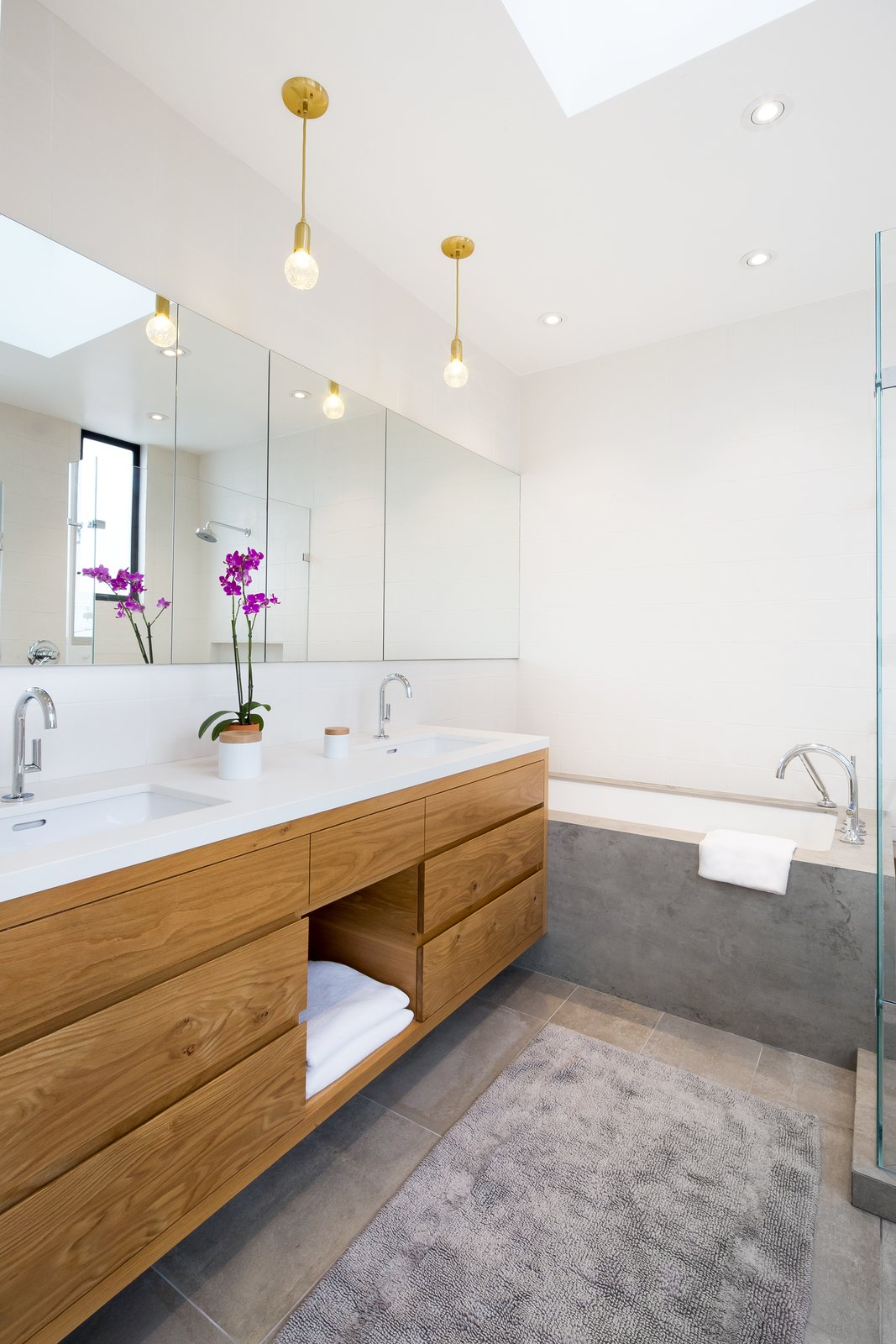 Master bath  27th Street - Noe Valley by patrick perez/designpad architecture