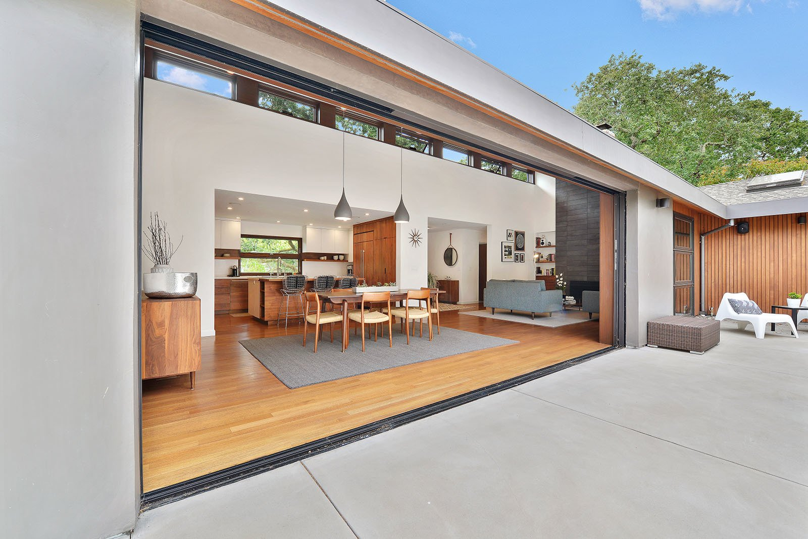 Inside & outside Tagged: Outdoor, Back Yard, Hardscapes, Large Patio, Porch, Deck, and Concrete Patio, Porch, Deck. Portola Valley by patrick perez/designpad architecture