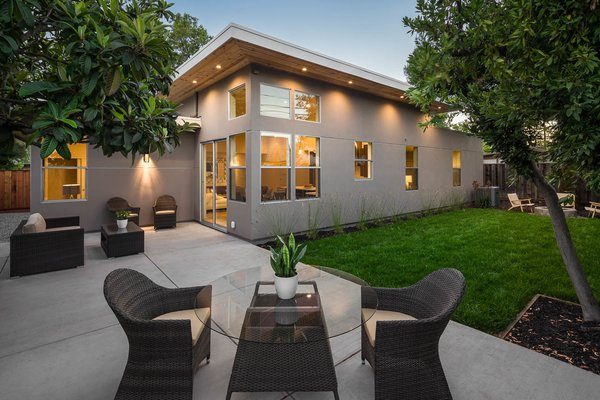 KUOP Designs Photo 11 of Redwood City Modern House modern home
