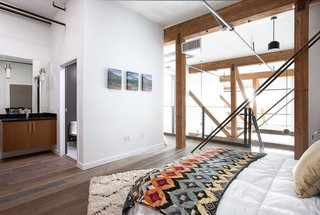 Make Your Space Look Bigger: 10 Lofted Bedrooms - Photo 2 of 10 - DTLA
