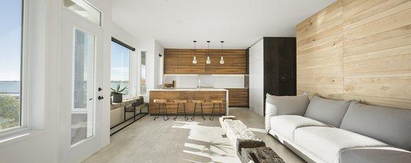 Photo 2 of r3R modern home