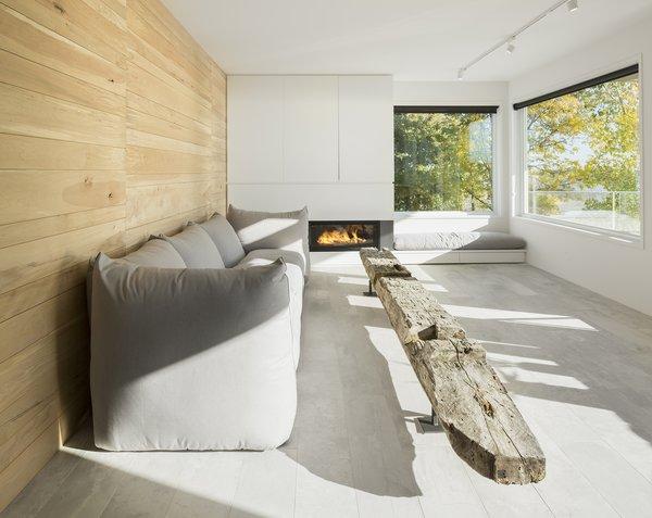 Photo  of r3R modern home