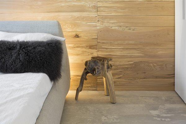 Photo 10 of r3R modern home