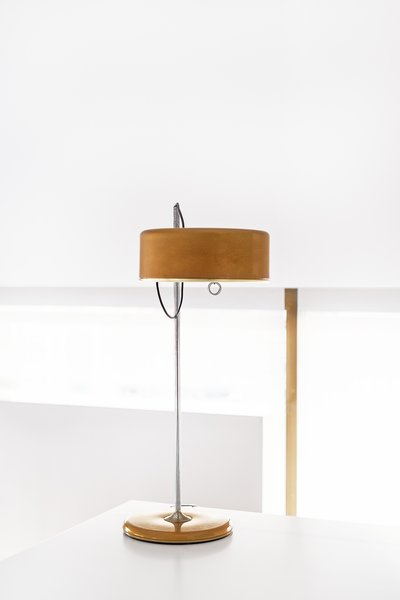 "An object with personality: Vintage design lamp, heritage of the family. Photo 5 of ""La Agencia"" a new brand workspace plenty of design and inspiration modern home"