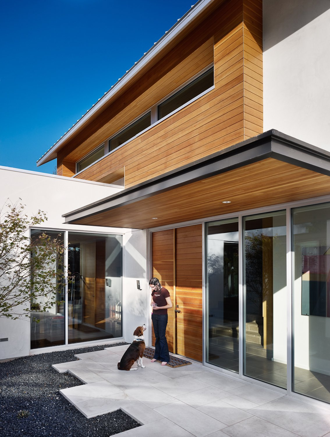 Entry courtyard  Vance Lane Residence by Jamie Chioco