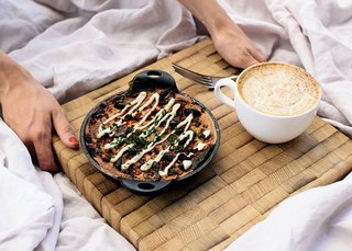 Wake up under the warm Mediterranean sun with Café Gratitude's healthy breakfast in bed; Source: Café Gratitude/Parachute