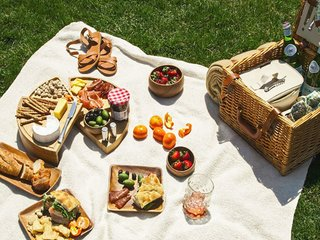 Wedding Registry Gifts, by Zola - Photo 4 of 7 - This picnic basket contains all the essentials for a perfect outdoor meal; Source: Zola