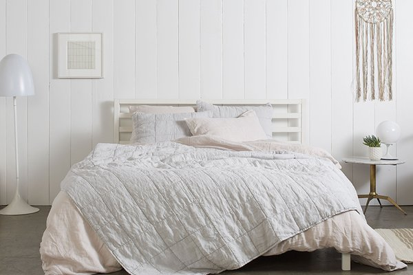 The Fog Essential Quilt and Blush Linen Venice Set make a Pinterest-worthy bedroom; Source: Nicole LaMotte/Parachute