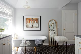 9 Beautiful Bathtubs - Photo 1 of 9 - Source: Amy Bartlam/Homepolish