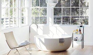 9 Beautiful Bathtubs - Photo 8 of 9 - Source: The Apartment by The Line