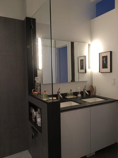 Bathroom Photo 7 of My loft in Greenwich Village (New York) modern home