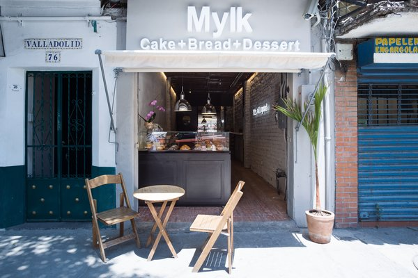 Facade Photo  of MYLK Bakery by COESPACIO modern home