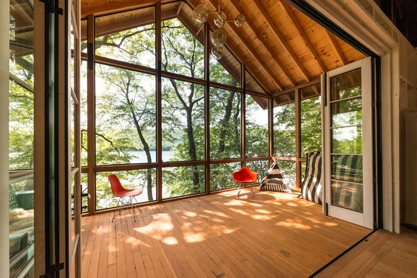 The Lake View Photo  of Putnam Valley Lake House modern home