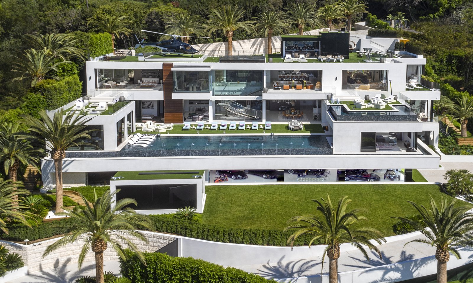Photo 1 of 8 in Most Expensive Home in the U.S. Lists for $250 Million