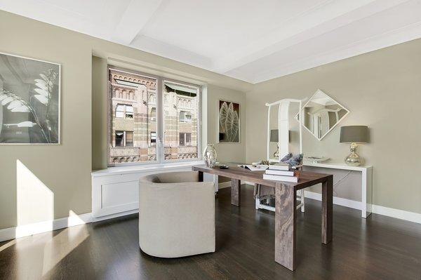 Photo 6 of Central Park Residence modern home