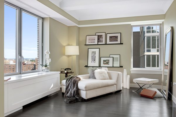 Photo 11 of Central Park Residence modern home