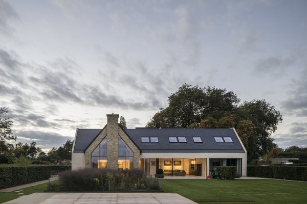 Architect: Waind Gohil + Potter Architects Photography: Anthony Coleman Photo 5 of The Old Barn Worton Farm modern home