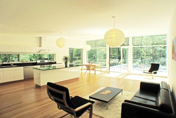 Photo 8 of Glassrock House modern home