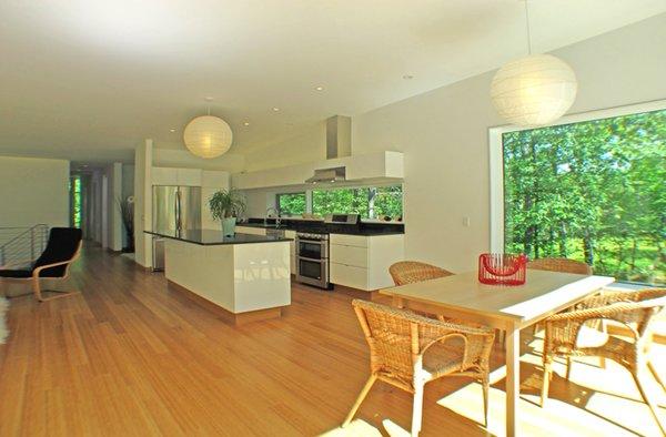 Photo 13 of Glassrock House modern home