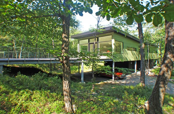 Photo  of Glassrock House modern home