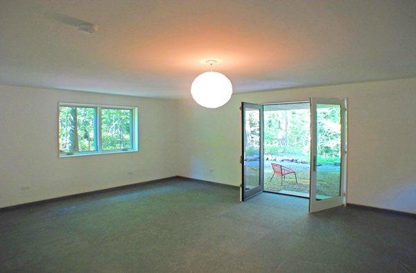 Photo 6 of Glassrock House modern home
