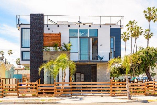 Corner House Photo 3 of Prefab Modern Coastal in San Diego modern home