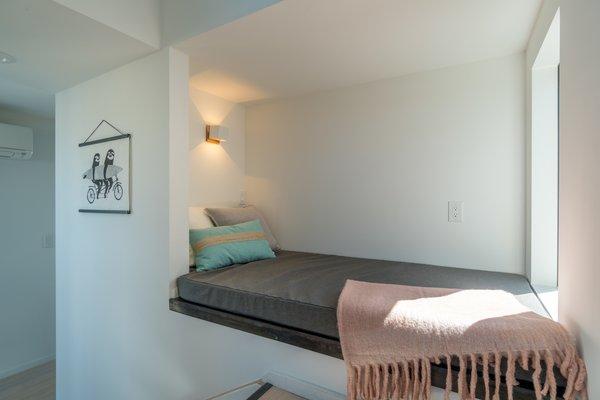 Reading Nook Photo 12 of Prefab Modern Coastal in San Diego modern home