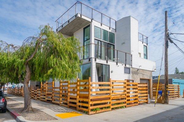 Alley Unit Photo 16 of Prefab Modern Coastal in San Diego modern home