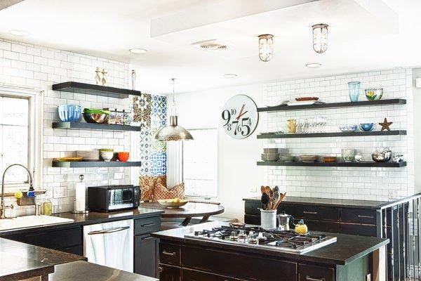 Modern home with kitchen, wood cabinet, granite counter, subway tile backsplashe, medium hardwood floor, ceiling lighting, dishwasher, cooktops, and drop in sink. Kitchen and Breakfast Nook Photo  of Bigelow Residence