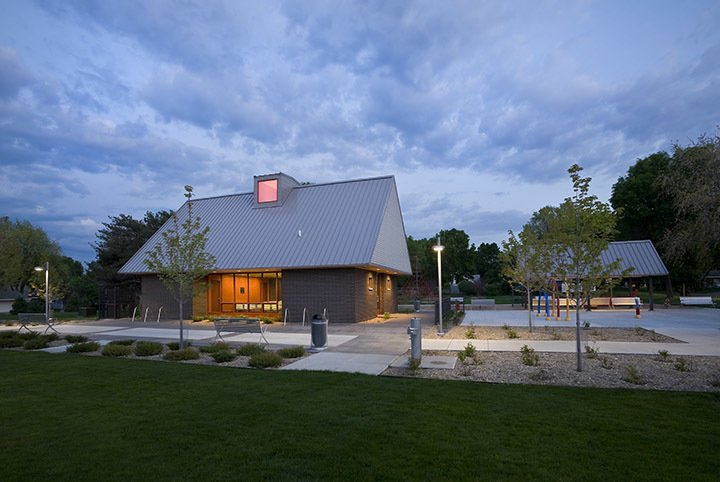 A modern and fresh approach to a small public park in Minnesota. by U+B