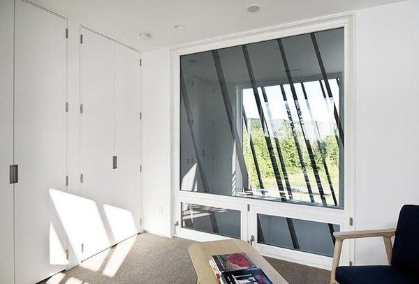 Office/Den/Third Bedroom