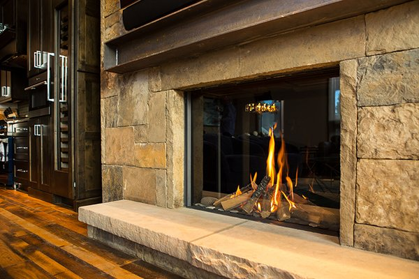 With a tall, unobstructed viewing area and robust flames the Modore 100H can be dressed up to an ultra modern chic or relax into a traditional stone hearth with ease. Photo 5 of Breckenridge Bliss modern home