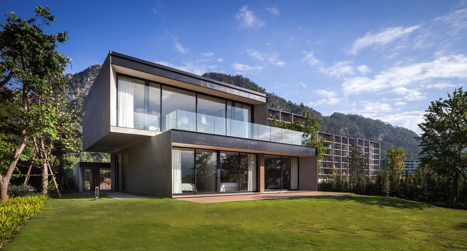 Akas Villa, Khaoyai by Black Pencils Studio