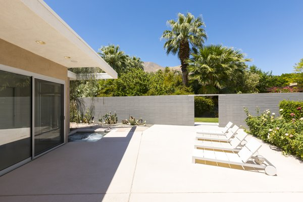 Guest House Photo 18 of Mid Century Modern Time Capsule in Palm Springs modern home