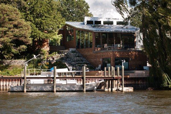 Photo  of Riverside Residence modern home