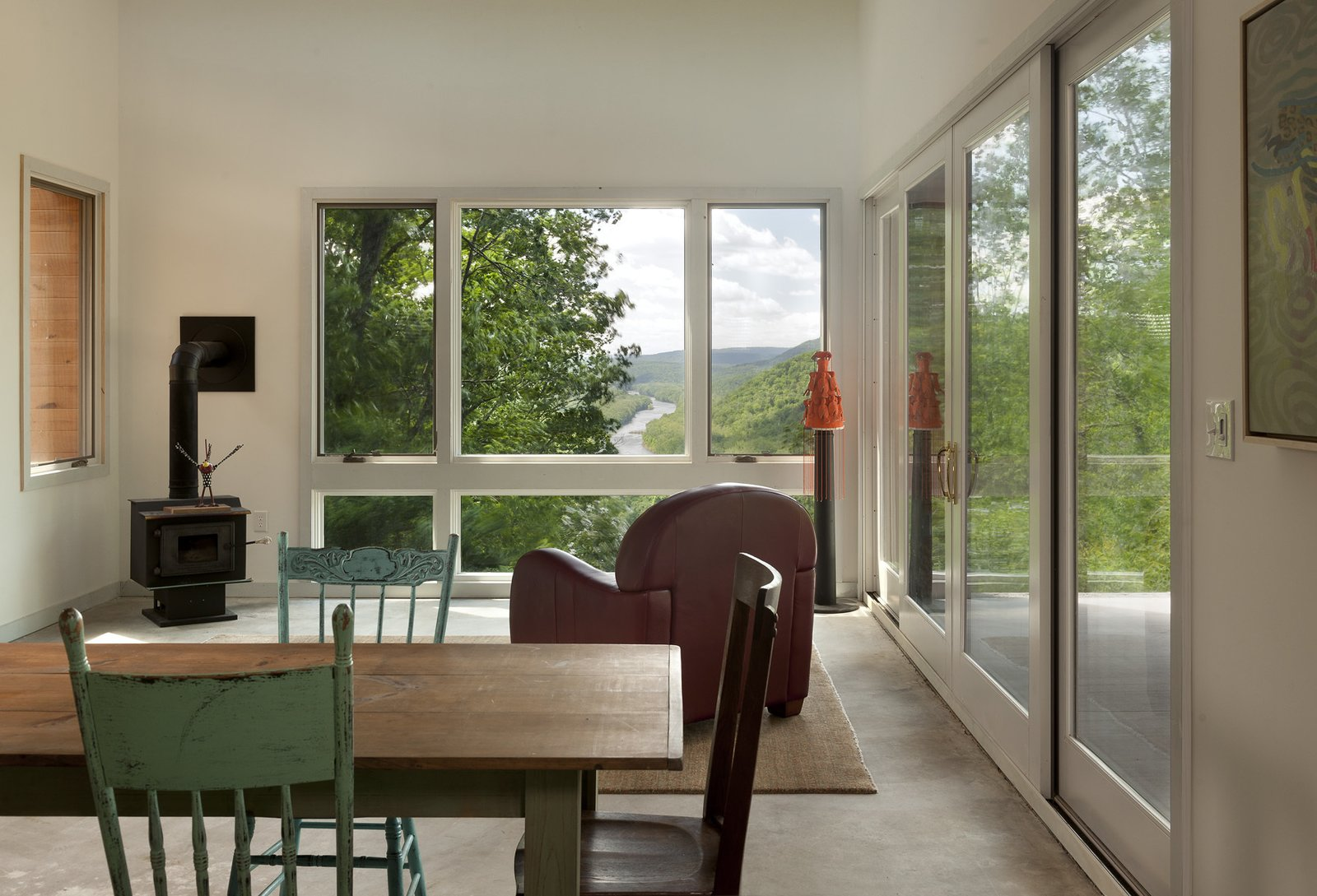 view through the living out to the Potomac River Ridge House by GriD