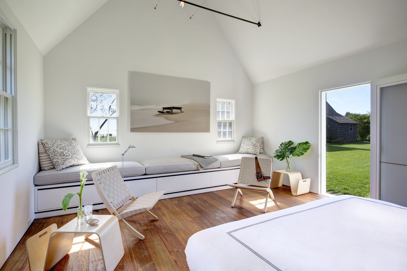 Bluff Hollow by Stelle Lomont Rouhani Architects