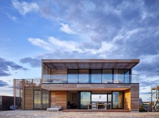 Top 5 Homes of the Week That Encourage Relaxation - Photo 2 of 5 -